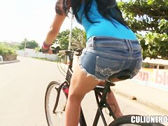 Hot mexican babe Dayana has some fun times